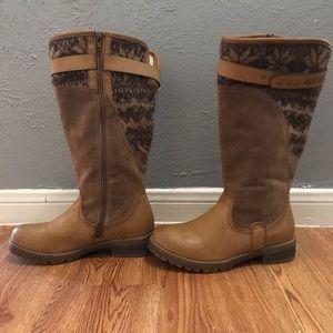 Muk luks knee hi boots sz 7